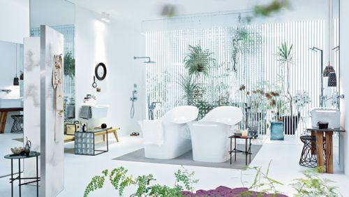 Un ba o ecl ctico y femenino lemonbe el color olor y - Olor en el bano ...
