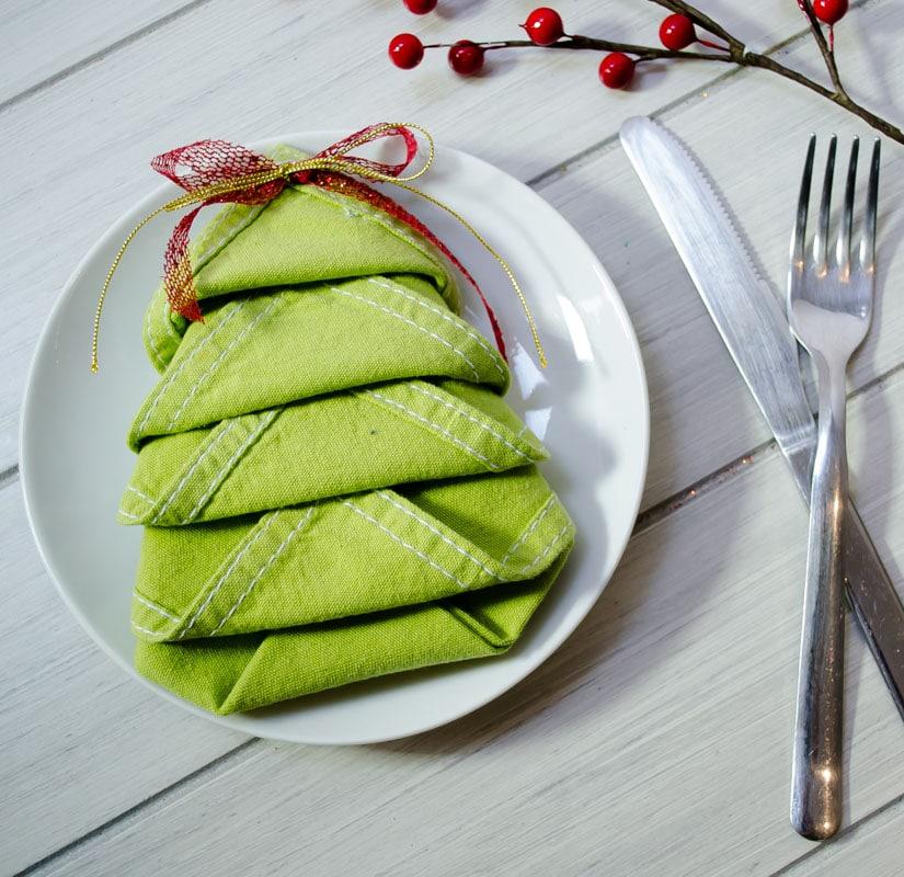 LEMONBE-Cómo arreglar tus servilletas en la cena de Navidad-03