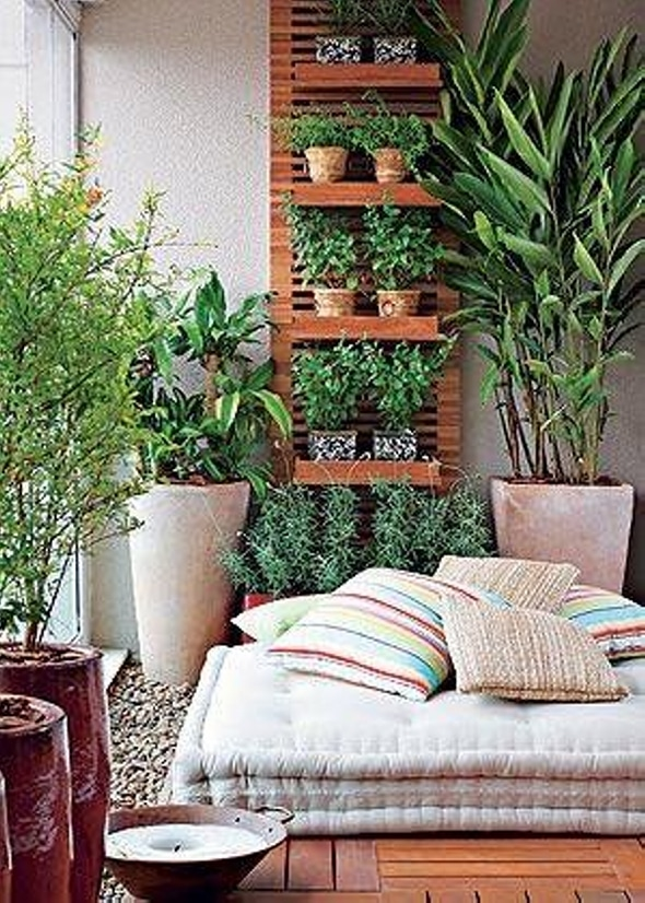 C mo crear un peque o jard n en tu casa lemonbe el for Como arreglar un patio pequeno crear un jardin