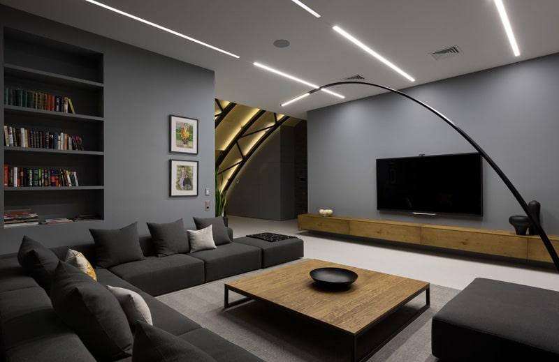 lemonbe-El techo resalta en este departamento como elemento decorativo-09