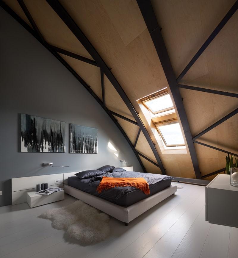 lemonbe-El techo resalta en este departamento como elemento decorativo-11